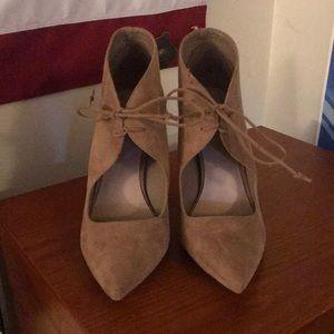 Aldo tie heels!